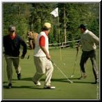golf_bear.jpg